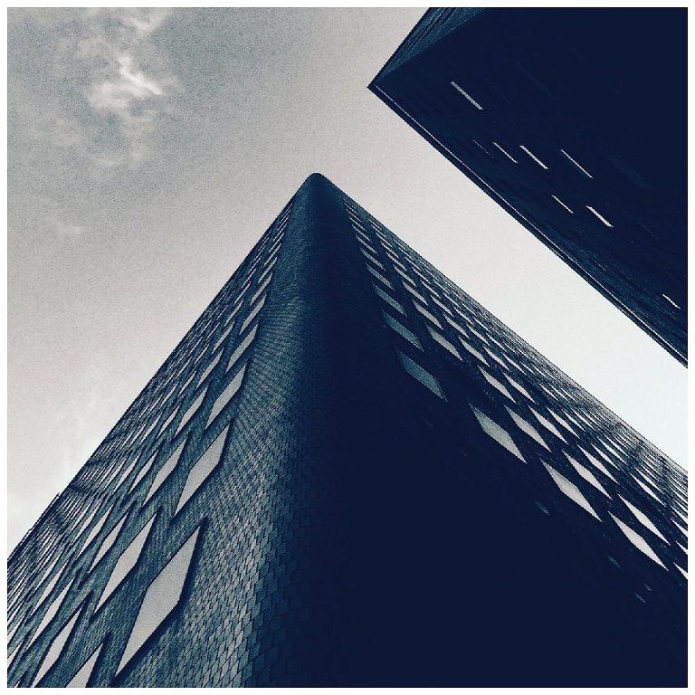 001-160817-Minimal-Architecture